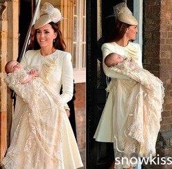 فساتين التعميد الشهيرة الأمير جورج بأكمام طويلة مع الدانتيل الشمبانيا طبقات جميلة فريدة من نوعها فساتين التعميد الطفل