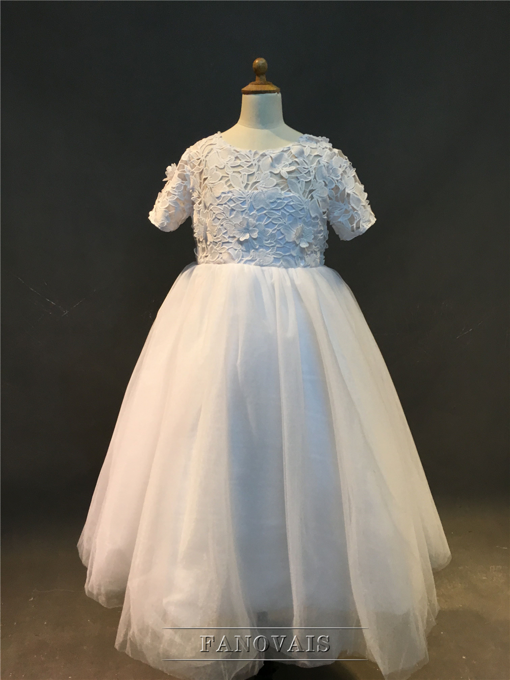 b23c7a02e2ec2 Real Photo New Arrival Scoop Short Sleeves Tulle with Appliques Tea-Length  Flower Girls Dresses For Wedding Party ASAFN2