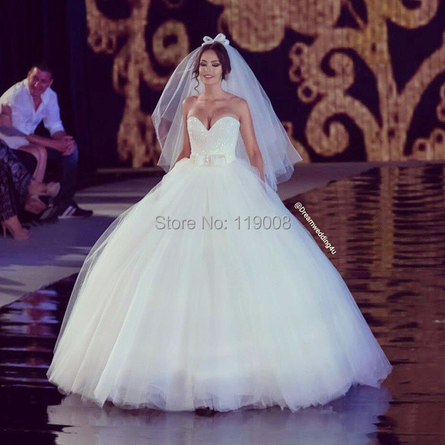 Giant Ball Gown Wedding Dress: Bling Bling Sequins Beaded Sweetheart Puffy Big Ball Gown