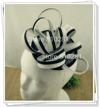 Señoras elegantes plumas fascinators sinamay sombrero mujeres accesorios para el cabello de lujo para la fiesta de boda y carreras OF1515