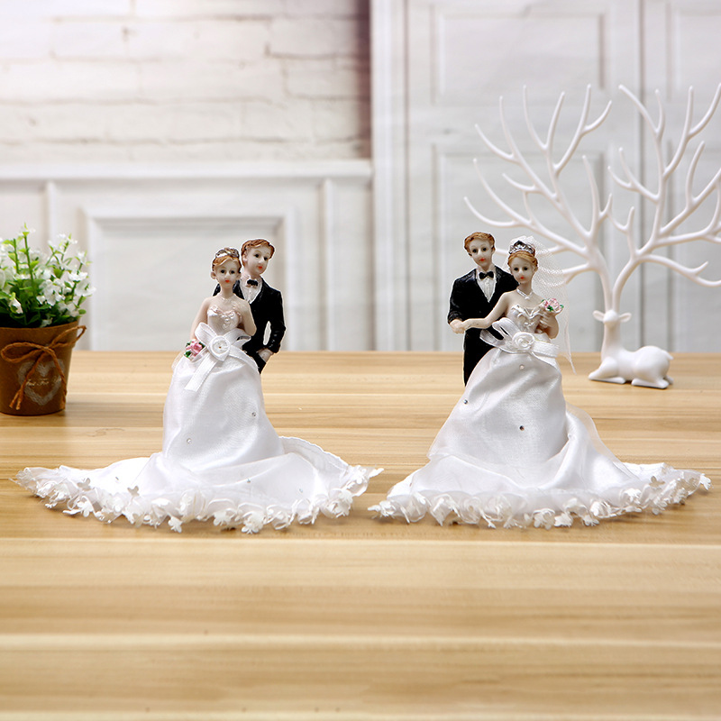 2015 New Design Lace Bride And Groom Wedding Cake Topper