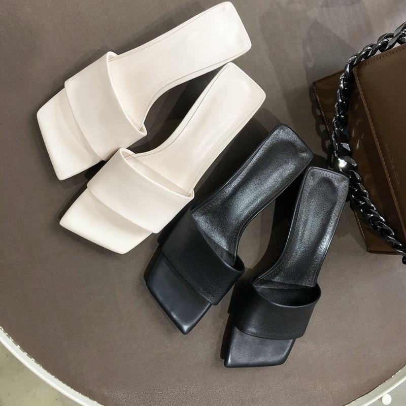 Estate Di Sexy Scarpe black Fuori Med Qualità Toe Alta Quadrati Tacchi Pantofole Pelle In 2019 Open Donna Zvq Beige Nuovo Modo Vera Al nqxISw0Att