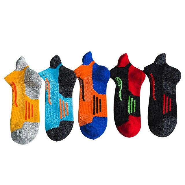 2020 marca nova meias esportivas dos homens terry algodão tornozelo meia masculina moda colorida de alta qualidade meias homens skate venda quente