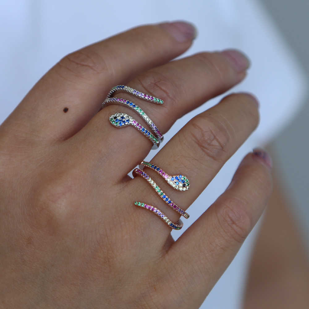 Высокое Качество Радужный красочный кубический цирконий многоцветное кольцо для женщин полный палец в форме змеи крошечное нежное кольцо Модные ювелирные изделия