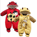 Otoño nueva ropa de invierno conjuntos de dibujos animados de algodón acolchado estilo Animal de los bebés de los mamelucos de la mariquita y vacas para niños calientes de chicas badysuit