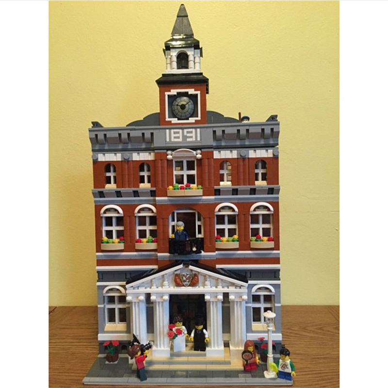 Lepin 15003 2859PCS Street View Series The Town Hall Sets Model Building Kits Blocks Bricks Children Toys Compatible With 10224 new lepin 16009 1151pcs queen anne s revenge pirates of the caribbean building blocks set compatible legoed with 4195 children