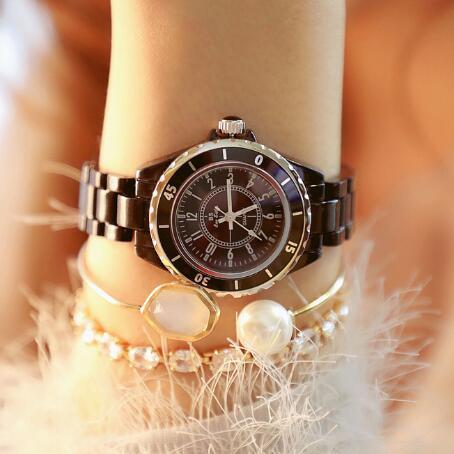 Новое поступление Для женщин горный хрусталь часы Lady Diamond платье часы черные и белые керамические женские наручные часы с браслетом с украшением в виде кристаллов часы