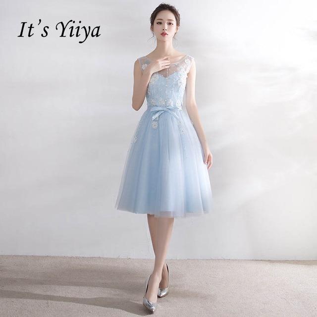 dd7a586648e9 € 58.04  Es yiiya ilusión azul flor elegante backless una línea de longitud  de la rodilla damas de honor de la cena Vestidos vestido de fiesta ...