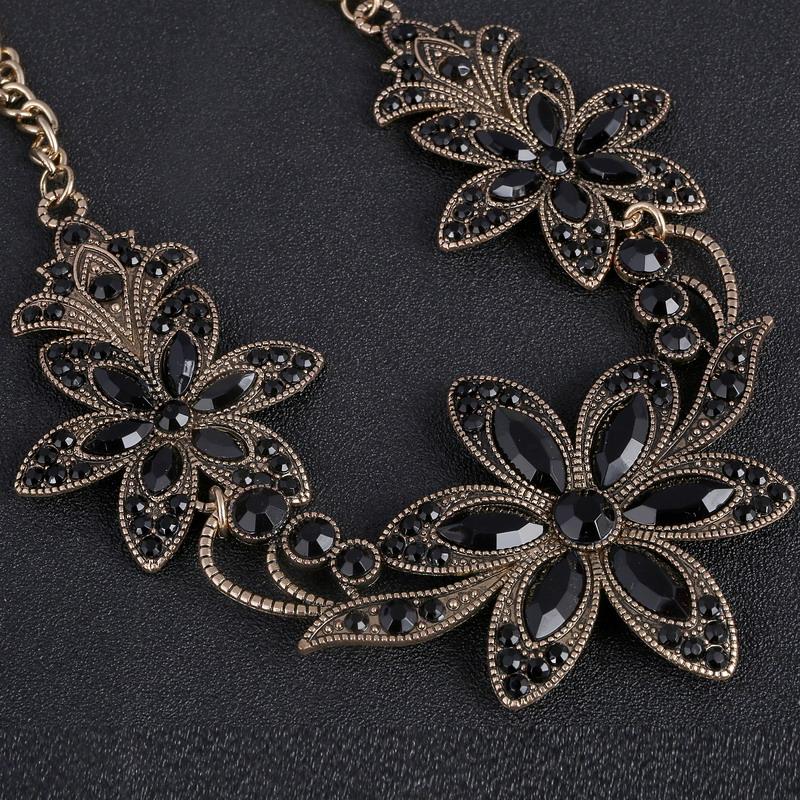 19 Fashion Designer Chain Choker Statement Necklace Women Necklace Bib Necklaces & Pendants Gold Silver Chain Vintage Jewelry 18