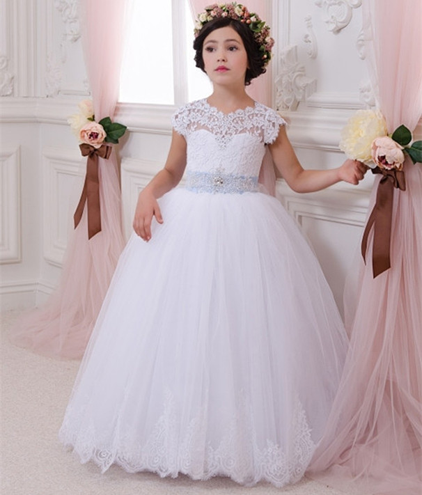 Princess Lace Dress White Flower Girls Dresses Short Sleeves Ball Gown Lace Up Applique with Bow Sash Communion Gown 2017 cheap cute princess flower girls dresses lace applique bow sash ball gown formal wear girls first communion pageant dress