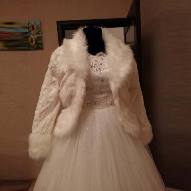 2017 Bolero Acessórios Do Casamento da Alta Qualidade do Falso da Pele Do Falso Casamento Bolero de Casamento Casacos de Inverno Casacos Casaco de Casamento Da Noiva