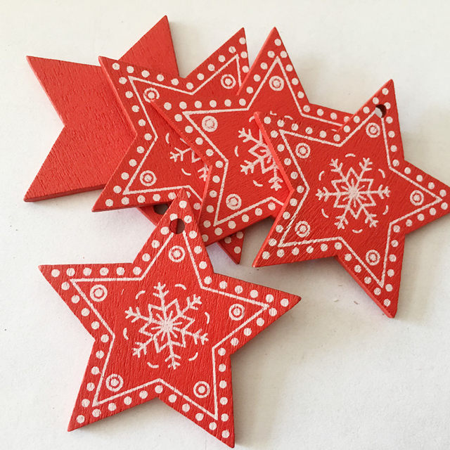 New 10pcs/Lot  Xmas Tree Decoration For Home Natural Wood Red 5CM Christmas Ornaments Snowflakes Pendant Hanging Gifts Wedding 21