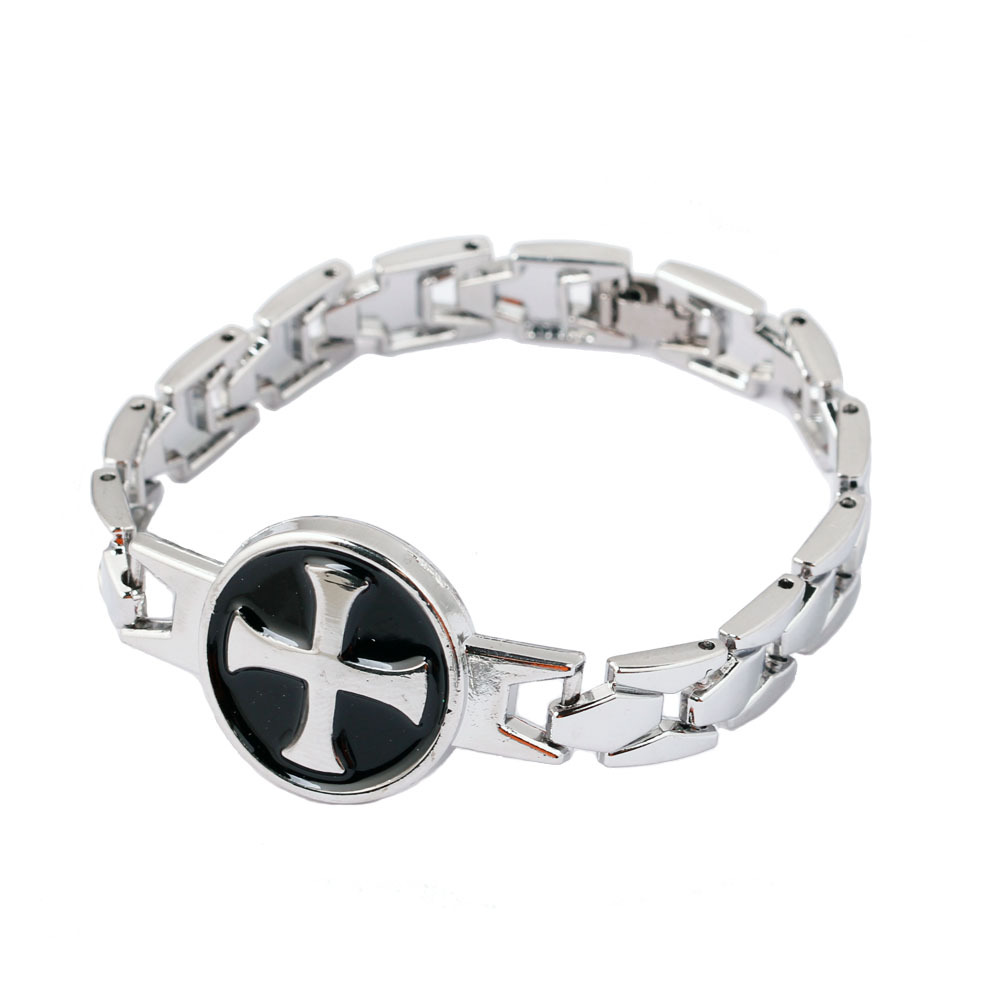 Assassins creed games free online - Assassins Creed Bracelet Connor Cross Chain Link Charm Ordre Du Temple Bracelets Bangle Game Cosplay Jewelry