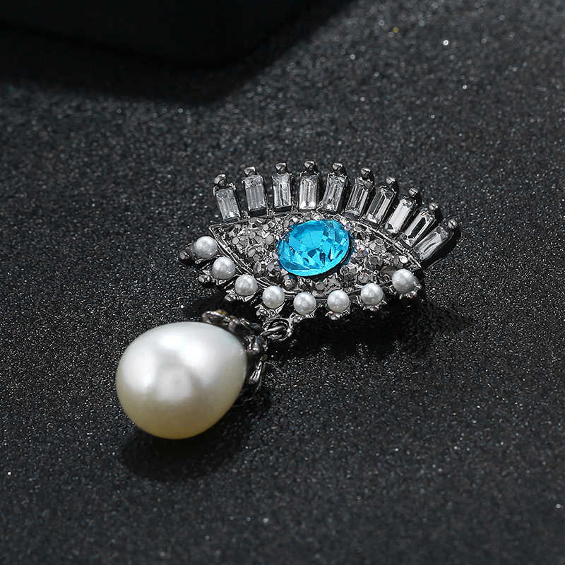 Fashion Retro Crystal Pearl Devil's Eye Brooch Europe and America Devils Tears Pins Women's Suits Corsage Collar Pin Accessories