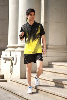 Profesjonalny tenis stołowy badminton T-shirt spodenki zestaw sportowy sportowa koszulka spodenki Quick Dry For MAN tanie i dobre opinie LMXWQH Pasuje mniejszy niż zwykle proszę sprawdzić ten sklep jest dobór informacji