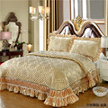 Golden Wine red Pink Luxury European High Quality Silk Jacquard Fabric Thick Blanket lace Bedspread Bed sheet pillowcases 3pcs