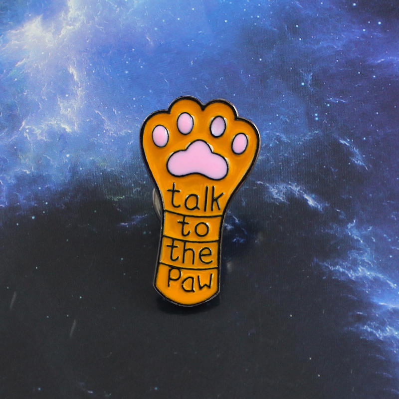 Long Cute Cat Claw Dog Claw Brooch Talk to the Paw Orange Pet Paw Print Enamel Lapel Pin Jeans Leather Badge Kid and Friend Gift signage