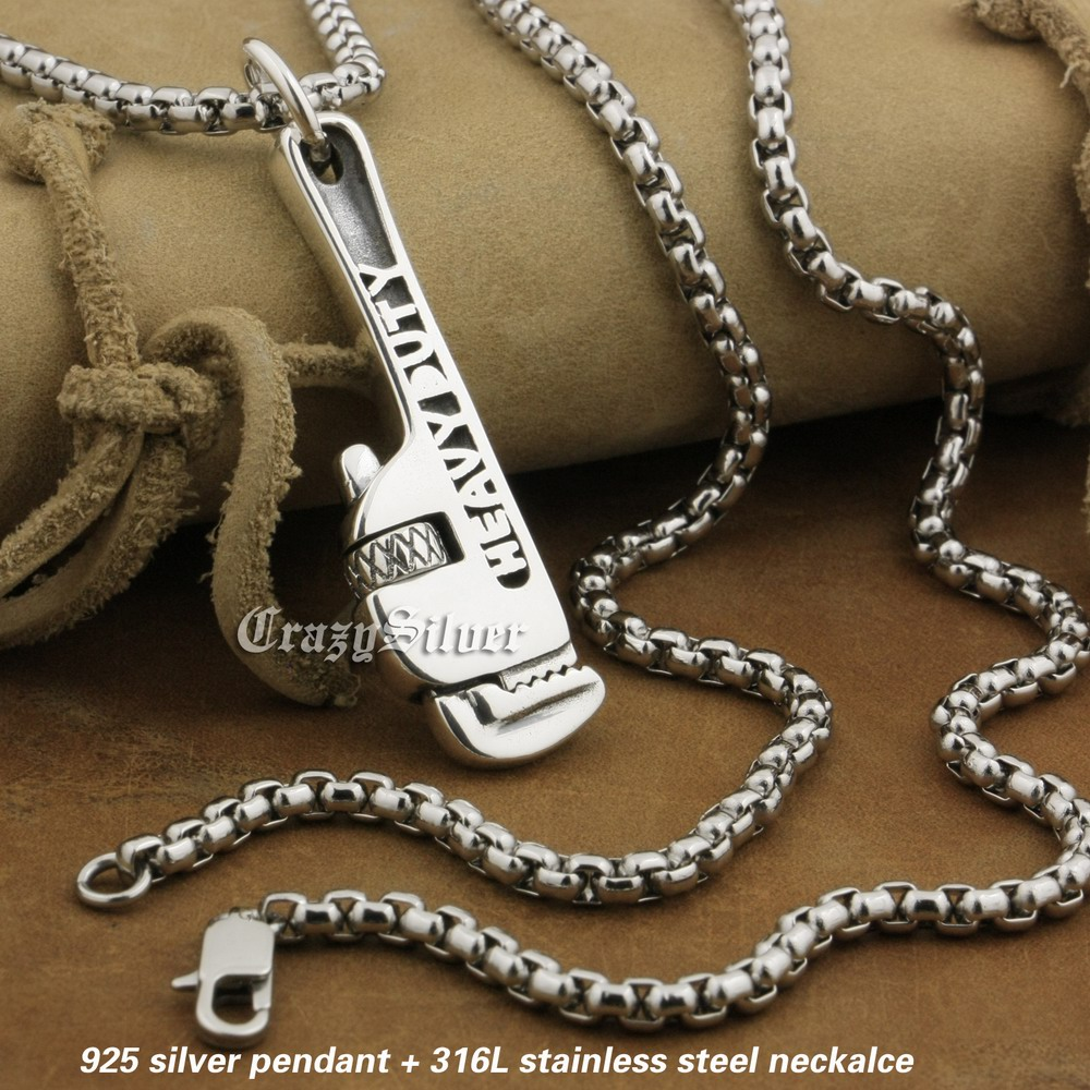 LINSION 925 Sterling Silver Rotatable Pipe Wrench Pendant Mens Biker Rock Punk Pendant 8A031 Stainless Steel Necklace 24 linsion 925 sterling silver wire pliers pendant mens biker rock punk skull wrench pendant 8a032 stainless steel necklace 24