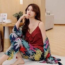 Frühling Frauen Silk Pyjamas Sets mit Hosen Satin Blume Print Pyjama Weibliche Sexy Spaghetti Strap Pijama 3 Stück Hause Tragen