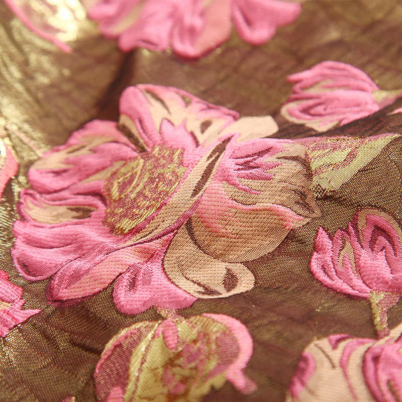 Autumn and winter band high-profile three-dimensional embossed gold yarn-dyed jacquard fabric dress blazer woven fabric