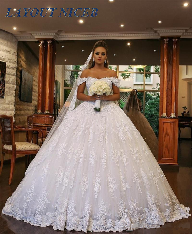 2019 vestido de noiva Off the shoulder Ball Gown Wedding Dress Count Train suknia slubna Vintage Princess Wedding Gowns