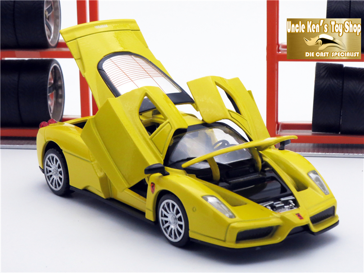 15 CM Uzunluk Enzo Ölçekli Modeller, Açılabilir Kapı Ile Diecast Araç Oyuncaklar / pPull Geri Fonksiyonu / Çocuklar Için Müzik / Hediye Olarak Çocuk