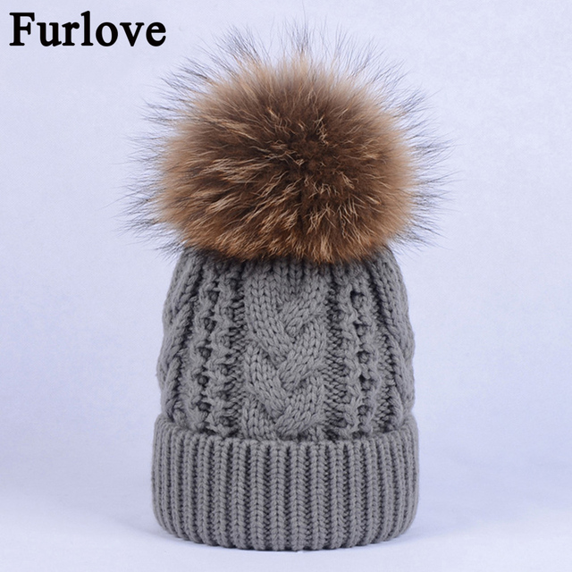 1fc0486ec75 Furlove Women Beanies Raccoon Fur Pom Poms touca inverno Knitted Skullies  Fashion Caps Ladies Knit Cap
