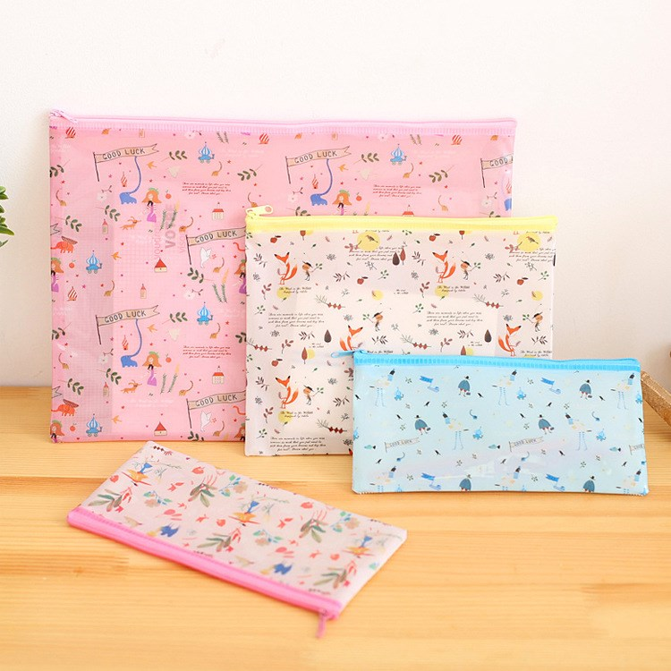 1PC Cute Mesh Document Bag File Folder PVC Pencil Case Flowers Animals Filing Case Stationery Office Supplies Document Holder