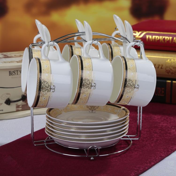 Креативная чашка для кофе из костяного фарфора, набор тарелок, модный керамический контур в золотистой кофейной чашке, набор посуды с ложко...
