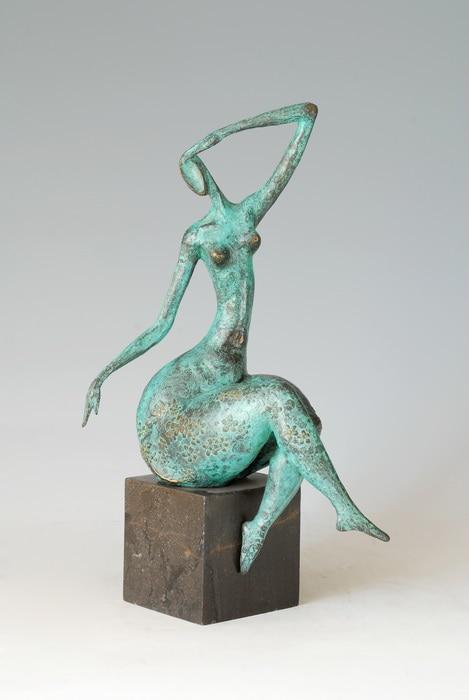 Novelty modern european style art bronze sculpture statue for Decoration jardin statue