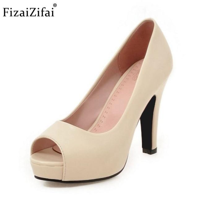 f97b2d63f Mulheres Novos Sapatos de Salto Alto Mulheres Bombas Plataforma Peep Toe  Saltos grossos Sexy Ladies Escritório
