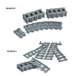 Image 5 - עיר פסי רכבת רכבת רכבת ישר & מעוקל מסלולי סטים אבני בניין ילדי חלקי לבני Diy בניית צעצועי דגם