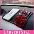 Ladycrystal Cristal Estilo Do Carro Anti Derrapante Almofada Boneca Gel Anti-slip Mat Para Carro Do Telefone Móvel GPS Pad Mulheres Acessórios meninas