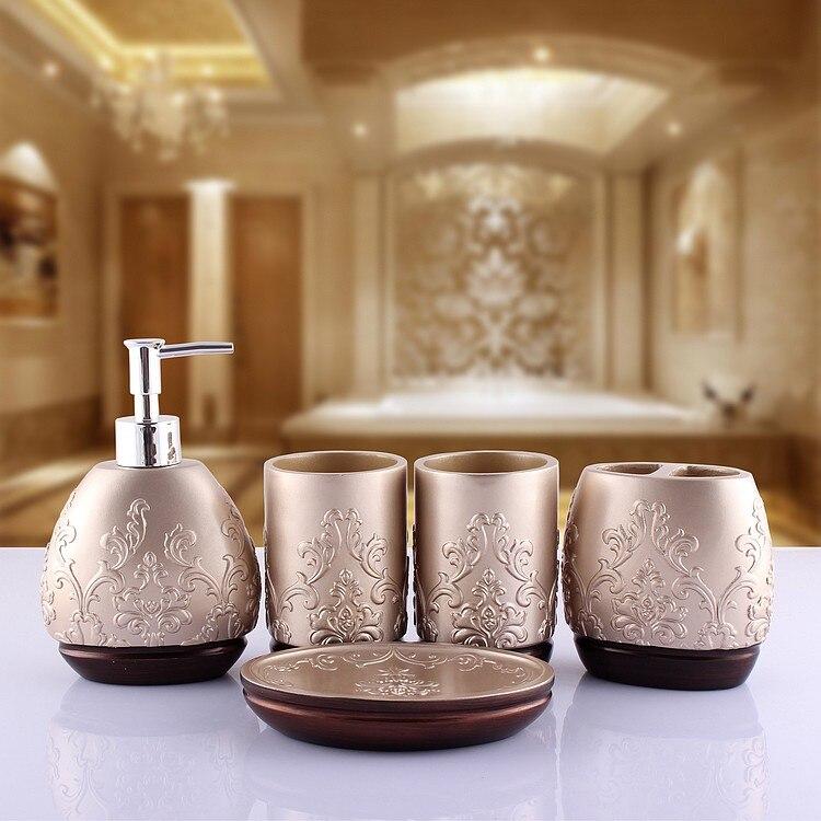 thuis badkamer vijf stukken getrouwd toiletartikelen set hars ...