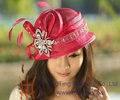 Бесплатная Доставка Новая Мода Дамы Hat Женщины Hat Роза Красная Sinamay Hat Sun Hat Форма Дамской одежды Платье Перо Брошь ручной работы