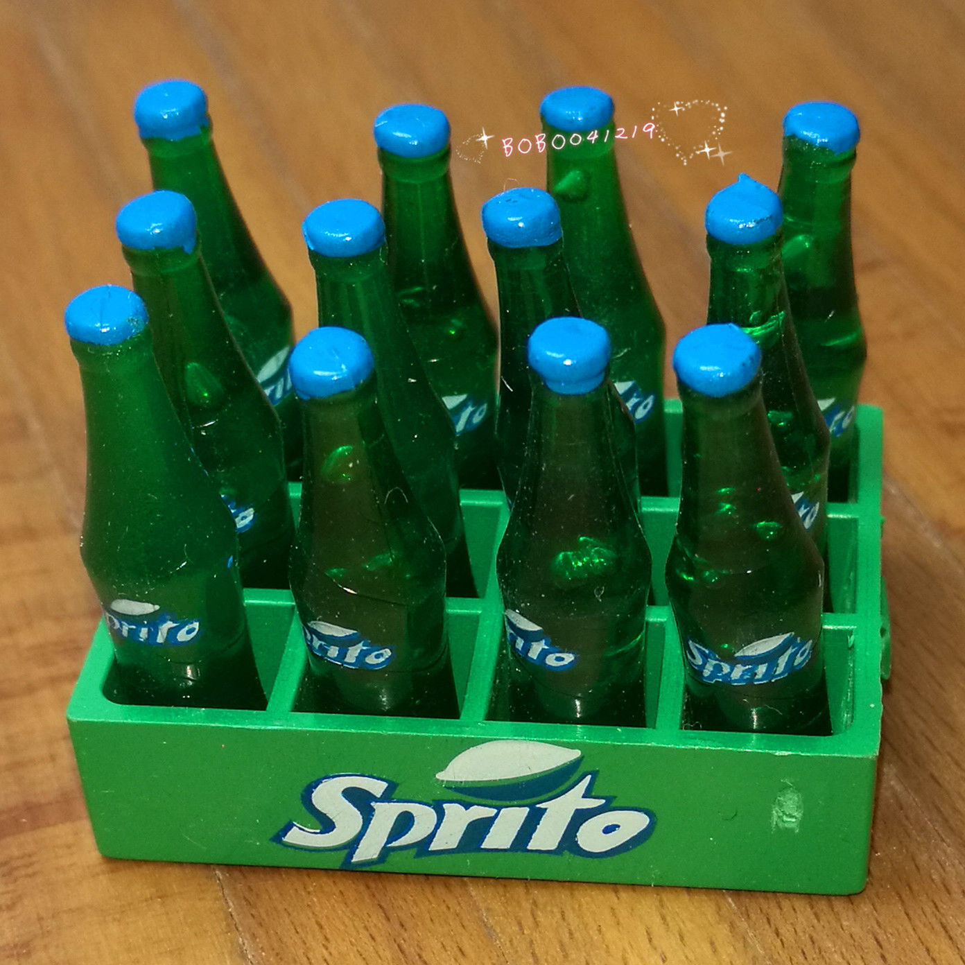 Dollhouse Miniature 1:12 Toy A Tray Of Cola Drink Bottles Length 4cm SPO544