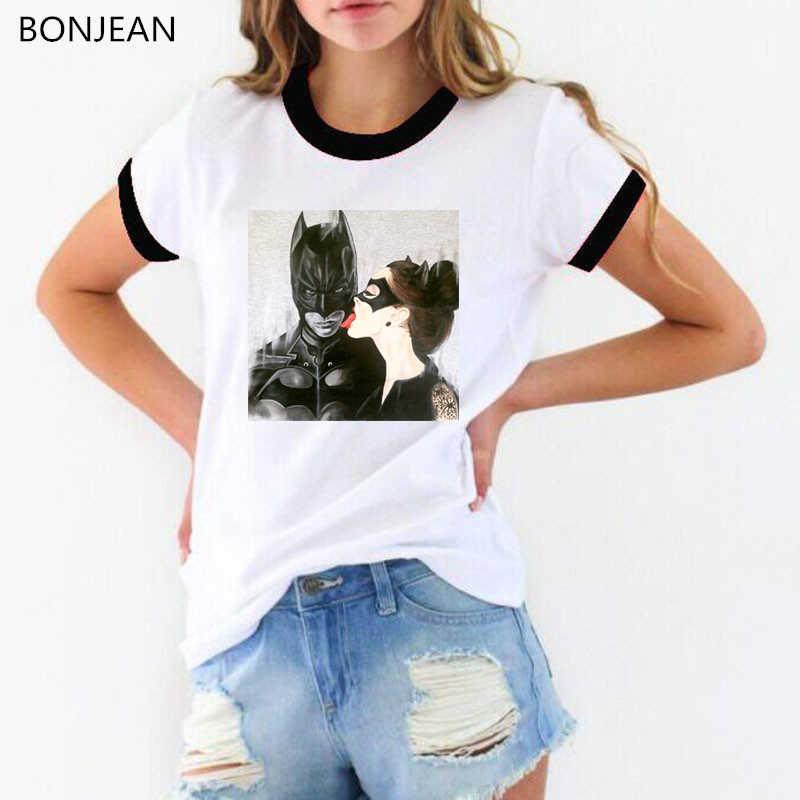 Catwoman i batman pocałunek drukuj śmieszne koszulki z krótkim rękawem kobiety harajuku biały t-shirt femme tumblr ubrania kobiet t-shirt streetwear topy