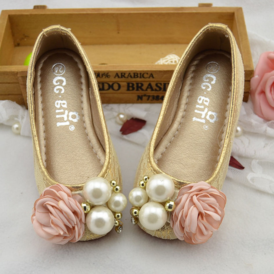 2016 fancy flower girls wedding shoes slip on kids girls princess 2016 fancy flower girls wedding shoes slip on kids girls princess shoes with pearls children girls ballet shoes lace footwear in leather shoes from mother izmirmasajfo