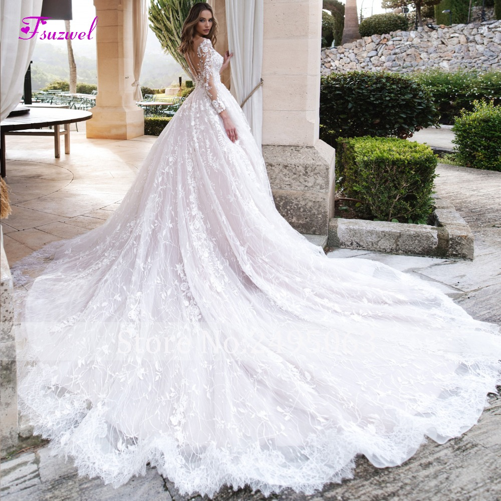 Gorgeous Appliques Chapel Train Lace A-Line Wedding Dress 2019 Luxury Beaded Scoop Neck Long Sleeve Flowers Princess Bridal Gown