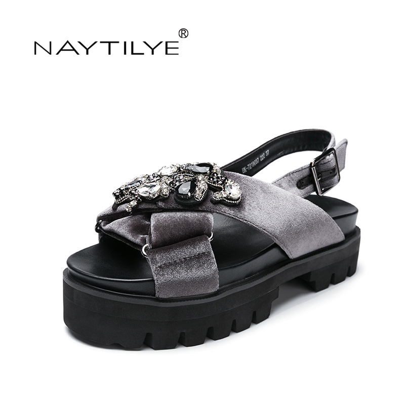 Shoes woman Summer 2017 ECO leather Pu Crystal Size 35 41 Flat with sandals women Tree