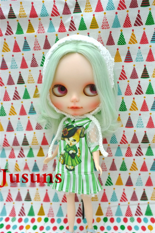 BJD doll clothes Japan doll clothes Azone doll suits mint color dress Free shipping handsome grey woolen coat belt for bjd 1 3 sd10 sd13 sd17 uncle ssdf sd luts dod dz as doll clothes cmb107