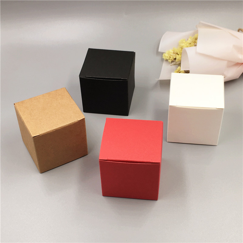 Little Squrae Paper Box White Black Kraft And Red Paper Gift Box Cake Packaging For Wedding Candy Packaging Paper Box 5x5x5cm