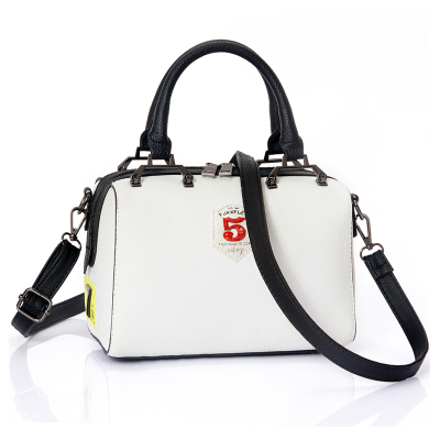 2016 summer new Boston badge number big bag fashion pillow digital two ways fake leather shoulder bag diagonal crossbody bag woman in the summer of 2016 youth popular color patent leather crocodile pillow boston crossbody bag business mini pochette