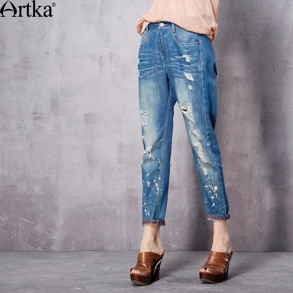 ФОТО Artka Women's Spring New Washed Embroidery Ankle-Length Jeans Vintage All-match Ripped Straight Jeans KN10366C