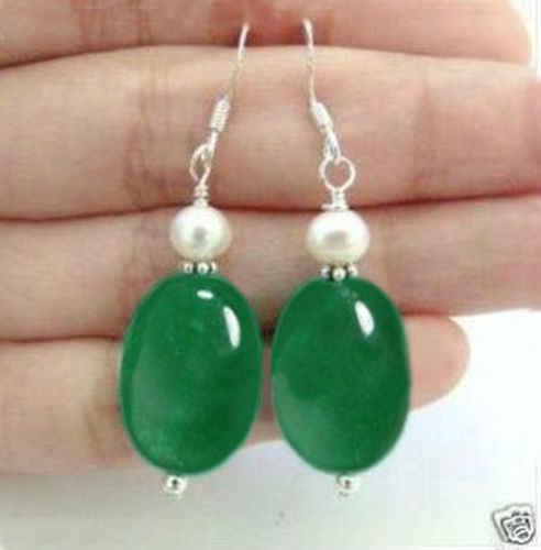 Bella Bianco perla Naturale verde bead Orecchini AAA