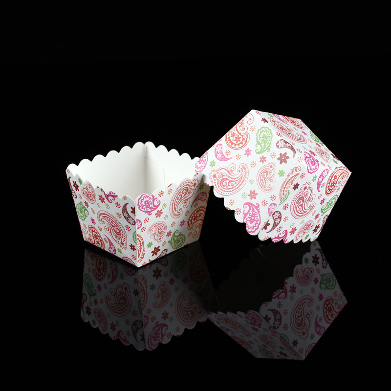 100pcslot Beautiful Square Paper Cupcake Liners Baking