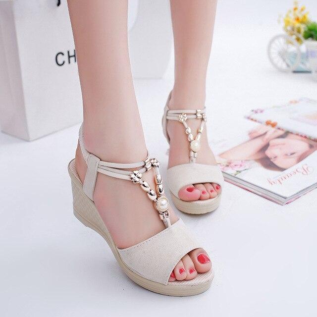 النساء أسافين الصنادل 2019 الصيف أحذية منصة امرأة المفتوحة تو الانزلاق على صندل سلسلة حبة الإناث كعوب عالية على الموضة حذاء كاجوال