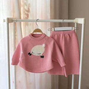 Image 1 - Małe dziecko dziewczyna odzież zestaw dzieci sweter z wełny 2 sztuk zima jesień stroje odzież wierzchnia ubrania garnitur dla dziewczyny boże narodzenie kostium