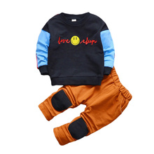 Fashion for boys Clothing girls from cotton with a pattern Smile T-shirt pants 2 pcs / set. Kids Suits Demi-season Baby Kits