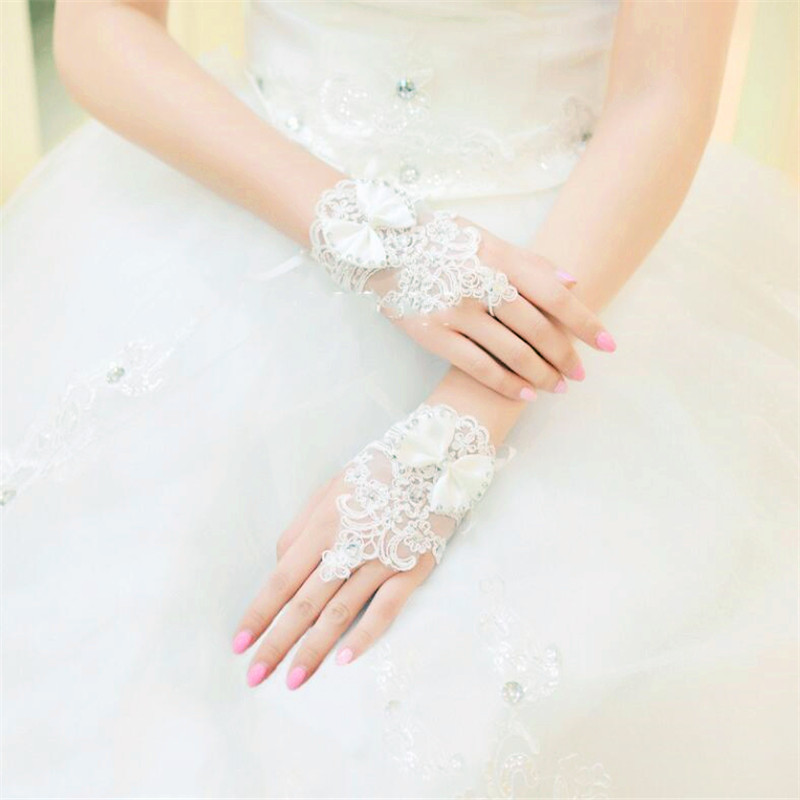 Woman Ivory Fingerless Beaded Lace Beaded Wedding Gloves Short Wrist Length for Bridal 2018